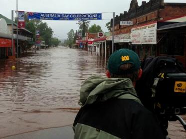 Mark Slade films the treacherous Laidley Flood. ABC News, 2013